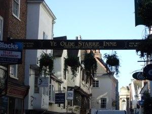 Ye_Olde_Starre_Inne,_1644AD_-_geograph.org.uk_-_407900