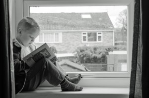 child-and-book-1366361204W0q