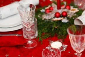 glass-on-christmas-table