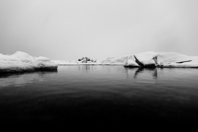 sea-and-icebergs-14939150951PH