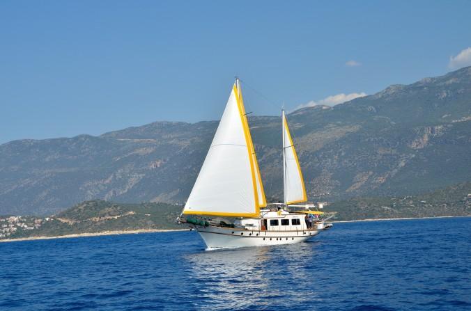 sailing-boat-1424435872N3A