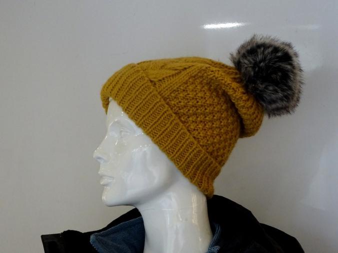 ladies-pom-pom-hat