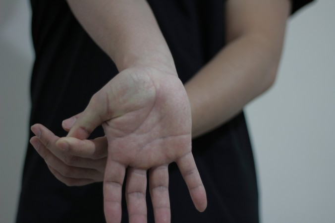 wrist-stretching-exercise-3