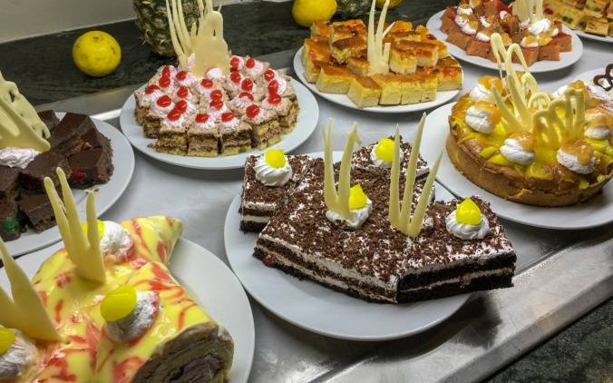 various-cakes-1522776544RHL