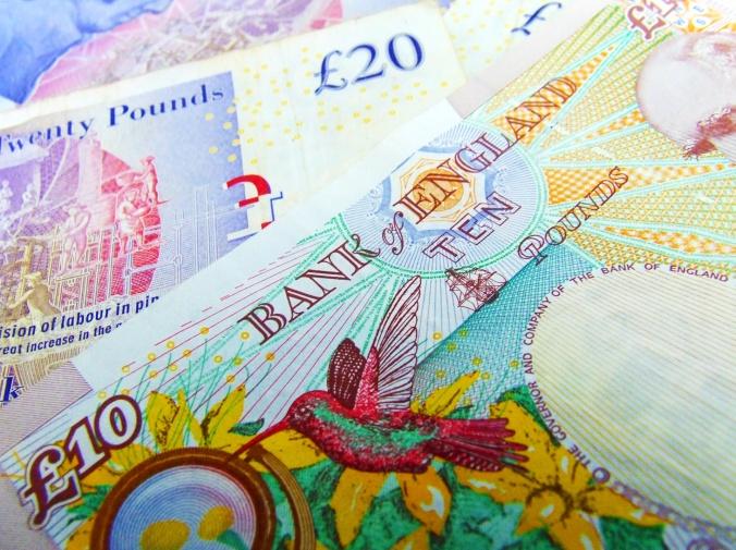 uk-sterling-bank-notes